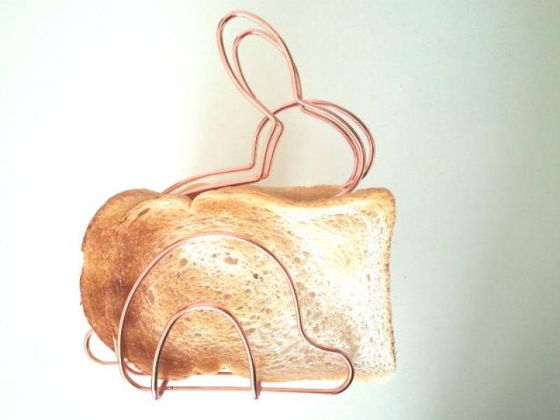 desk bunny toast
