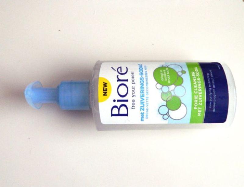Bioré Porie Cleanser met Zuiverings-Soda