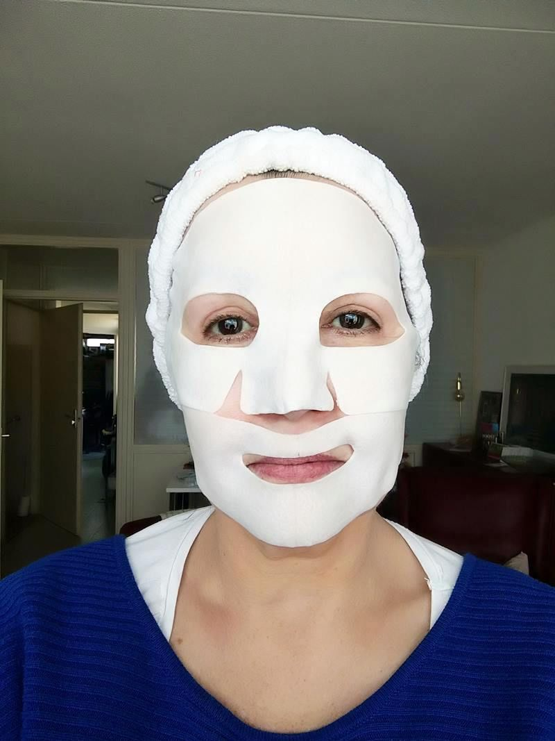 Hydro Cool Brightening Face Mask Skyn Iceland- Review 23 skyn iceland Hydro Cool Brightening Face Mask Skyn Iceland- Review