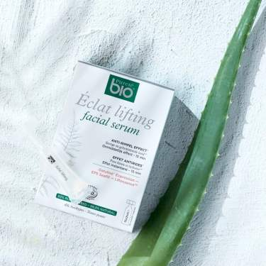 Pureté Bio Eclat Lifting Facial Serum + Aloë Vera