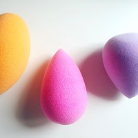 The Best Beauty Blending Sponge?? Beauty Blender VS Real Techniques VS Spectrum Collections!