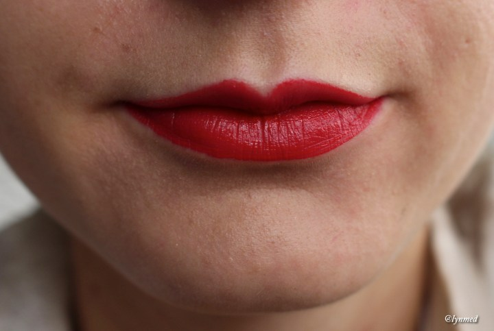 Guerlain Intense matte lipstick Swatch Seductive Red