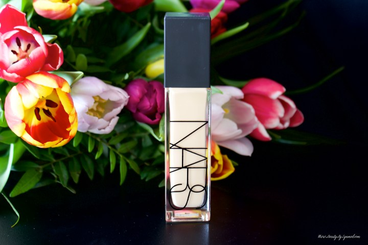 Nars Natural Radiant Long-wear foundation – Luminous perfection