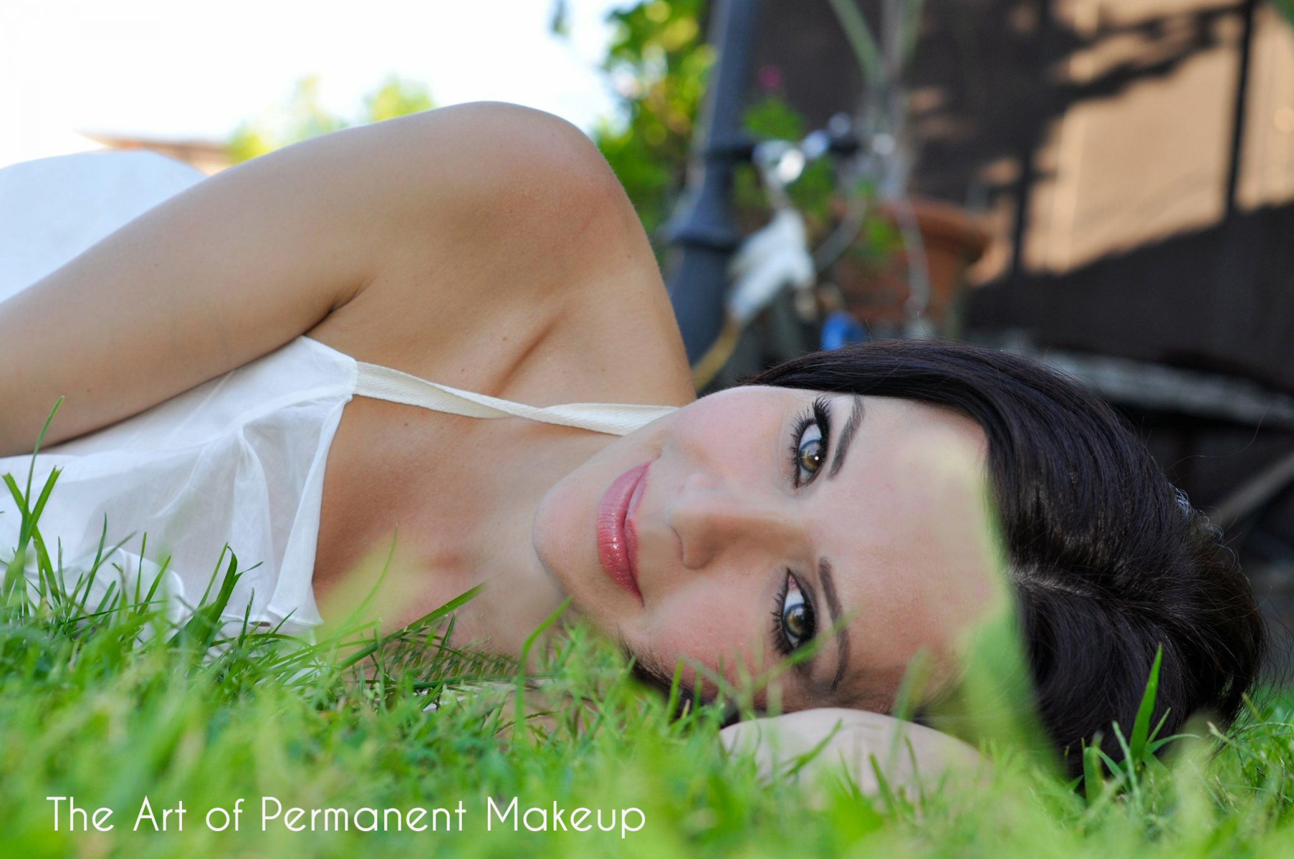 cropped-permanent-makeup-by-mojee.jpg