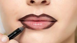 gallery-1429118155-mcx-lips-1