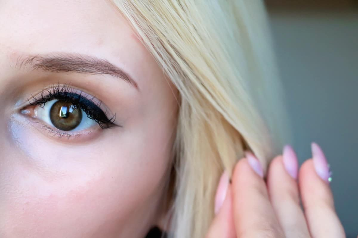 Make Your Eyes Pop! Acuvue Define Contact Lenses Review/Demo. 1 DAY ACUVUE DEFINE NATURAL SHIMMER LENSES