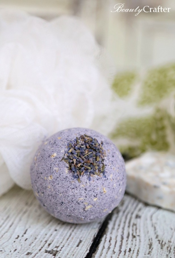 Oatmeal Lavender Bath Bomb Recipe