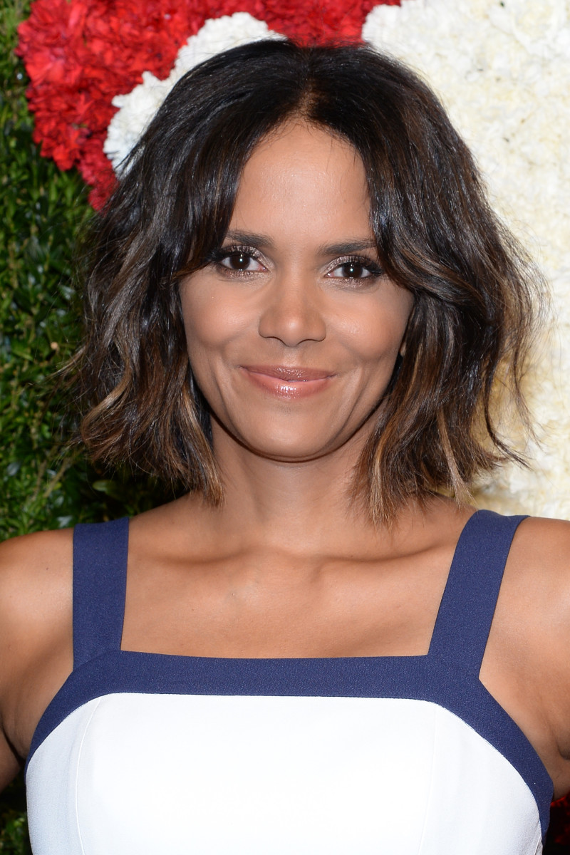 Halle Berry Has A Wavy Bob Now And Its Her Best Hair