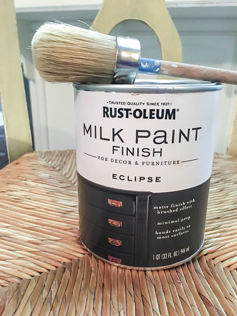 a can of Rust-Oleum milk paint.