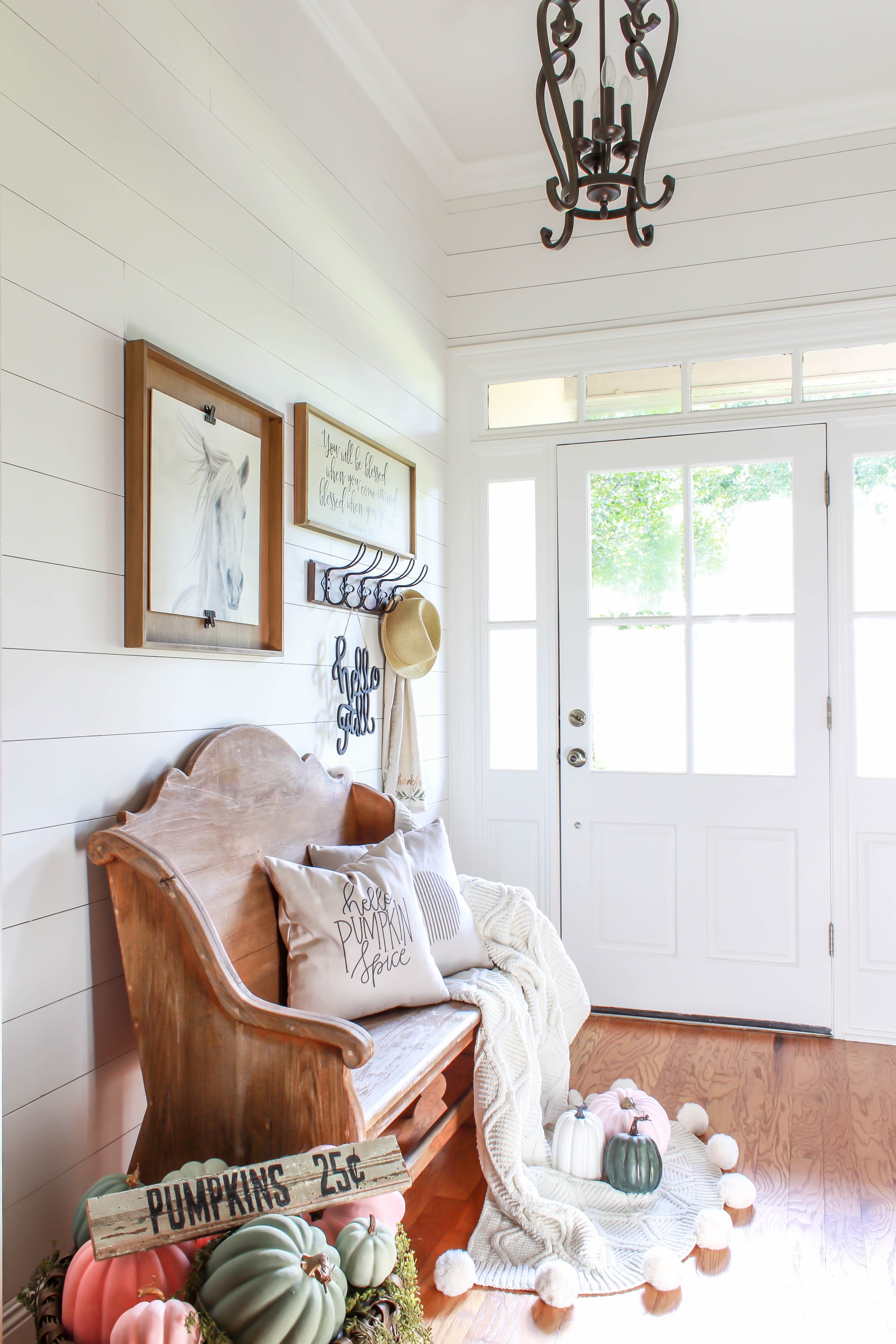 Come on in and take a fall decor tour of my farmhouse inspired home. I'll share how I incorporate lots of vintage goods with my decor to create a cozy feel.