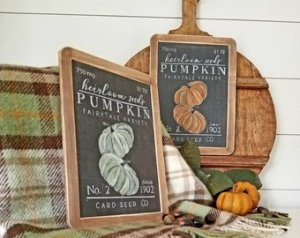 heirloom pumpkin sign