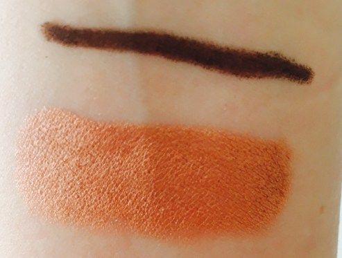 Swatch of Kissed By A Rose Gold