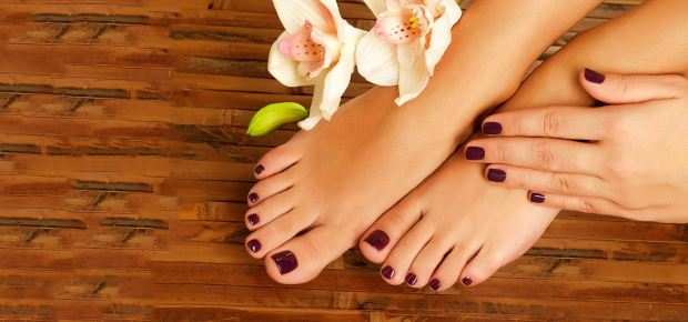 4 Easy Steps Professional Pedicure At Home DIY