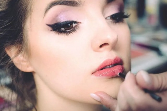 lips makeup for party