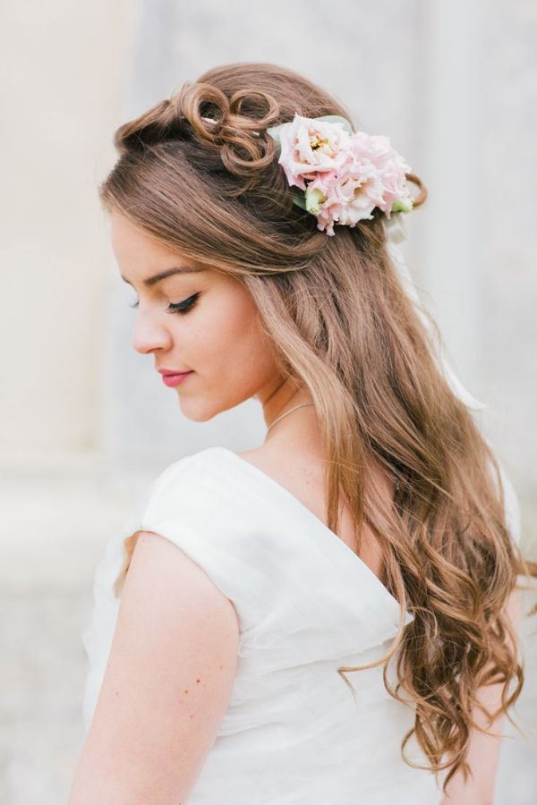 30 Pink Bridal Hairstyles Hairstyles Ideas Walk The Falls