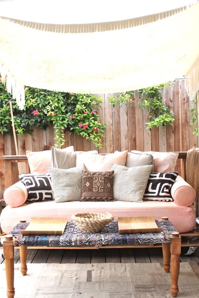 16 DIY Outdoor Furniture Pieces  BeautyHarmonyLife