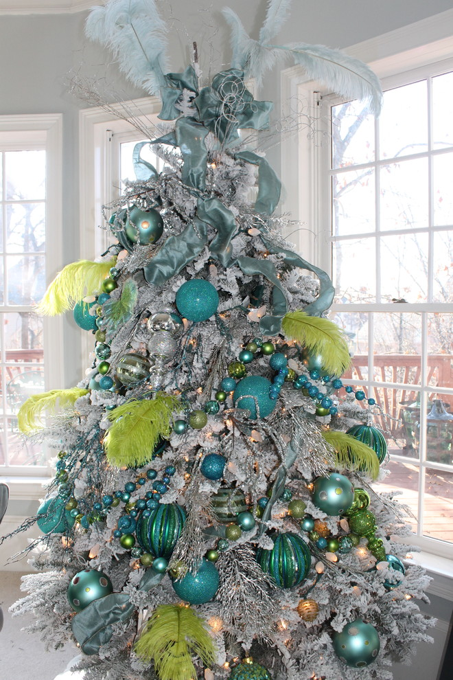 extravagant christmas tree in blue and lime colors