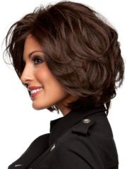 short layered haircuts wavy