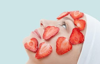Benefits of masks from fresh fruits