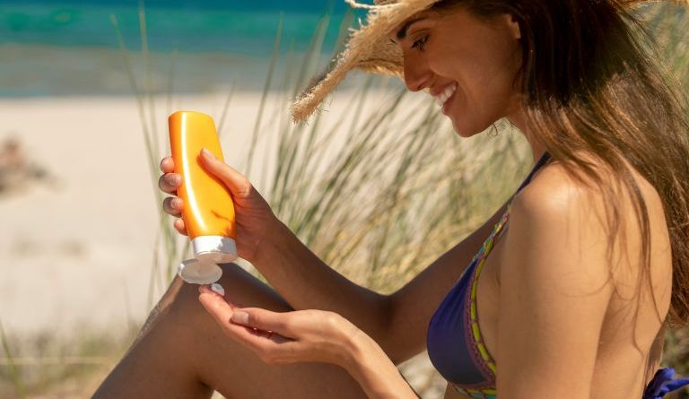 Sunscreen: The mistakes you should avoid when applying it.
