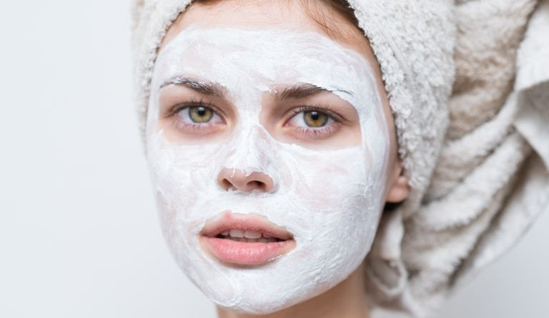 3 DIY face masks to get rid of unnecessary grease