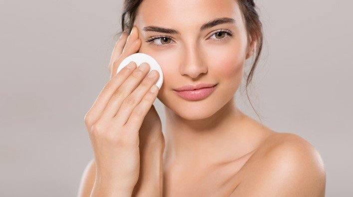 5 Biggest Makeup Removal Mistakes