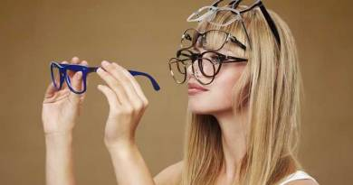 How to choose eyeglass frames and eyewear makeup tips