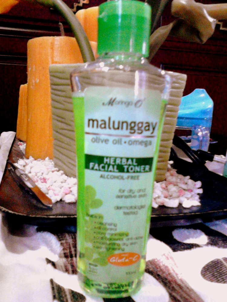 Moringa-O2 Malunggay Herbal Facial Toner (1/6)