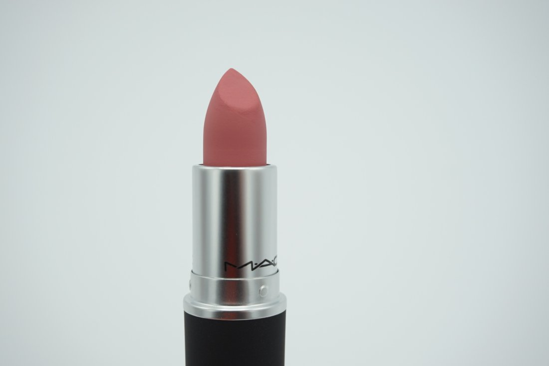 MAC Cosmetics Sultriness Powder Kiss Lipstick | Review & Swatches