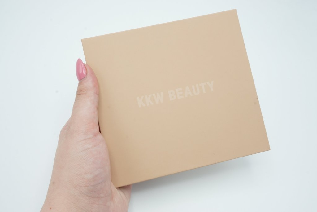 KKW Beauty Powder Contour and Highlight Kit | Review 2