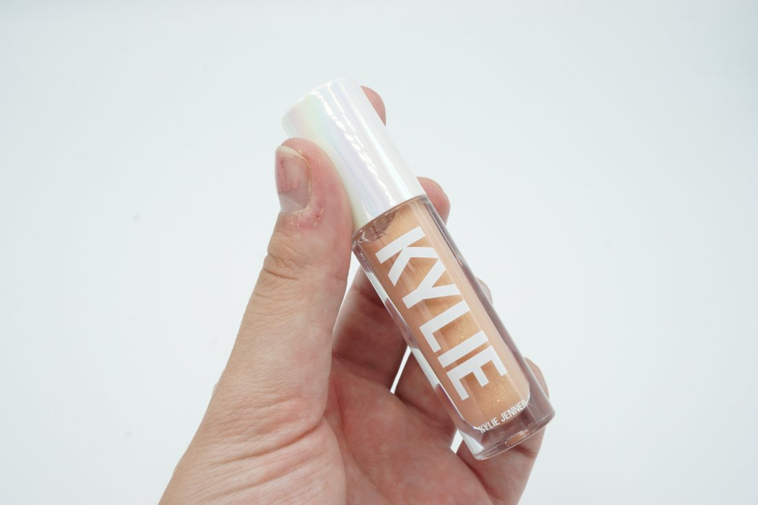 Kylie Cosmetics Summer 2019 Collection - High Gloss You are the Sun   Review