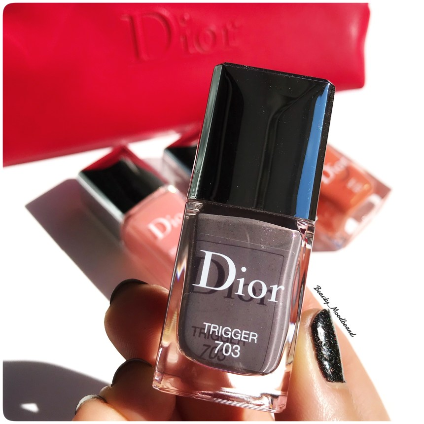 Zoom Trigger 703 laque à ongles taupe irisé