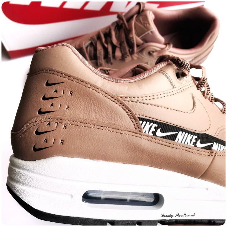Nike Air Max 1 W Beige Overbranded