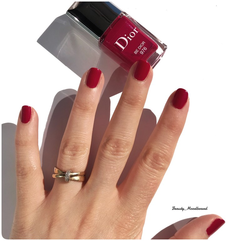 Swtach vernis Be Dior 976 couleur rose framboise