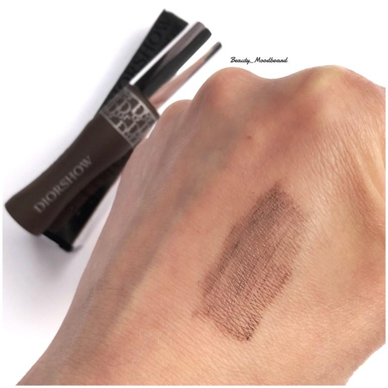 Swatch mascara sourcils Dior Dark Brown 002