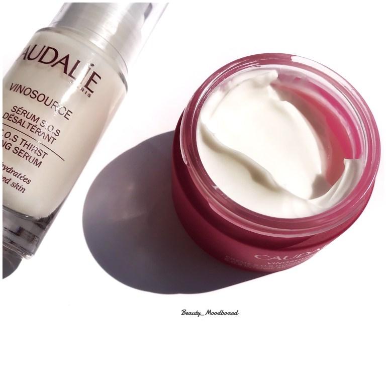 Texture de la crème S.O.S Vinosource de Caudalie