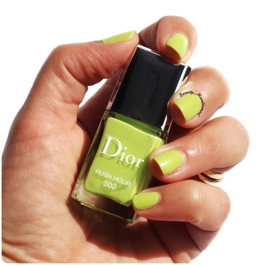 Vernis à ongles couleur vert chartreux