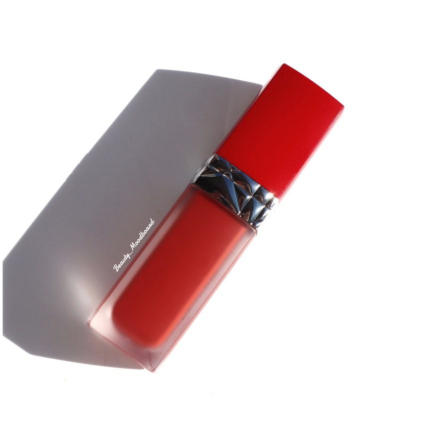 Rouge à lèvres Dior infusé à l'huile florale Ecstase 635
