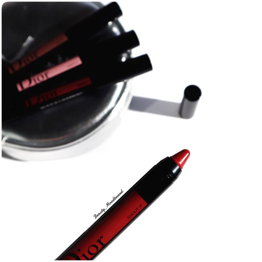 Crayon à lèvres jumbo Shout It 999 couleur rouge intense