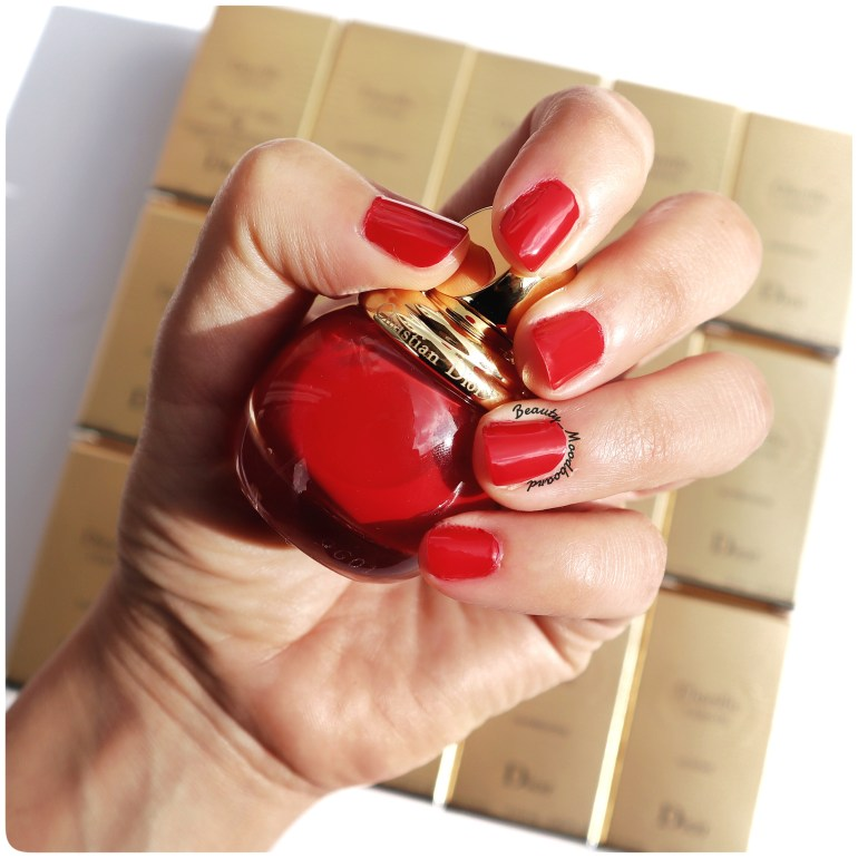 Vernis Dior de couleur rouge intense Passion 766 collection Happy 2020