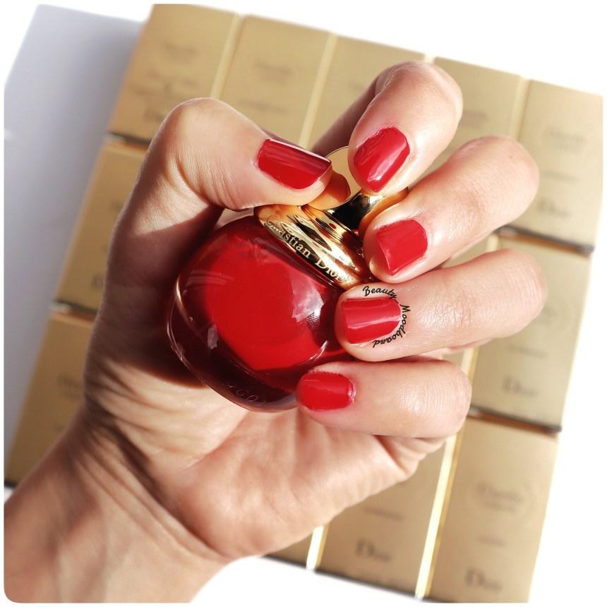 Vernis Dior de couleur rouge intense Passion 766 collection Happy 2020