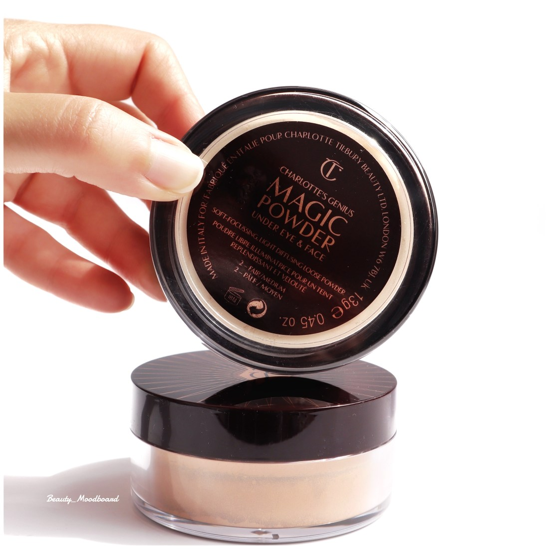 Poudre libre Charlotte Tilbury Charlotte's Genius Magic Powder review and swatch