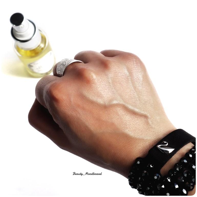 Swatch effet peau satinée huile absolue Patyka
