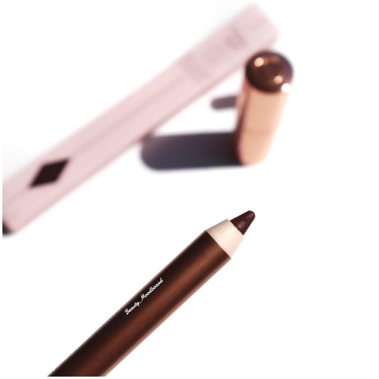 Crayon à lèvres couleur brun intense CT