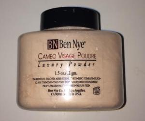 Ben Nye Cameo Powder