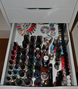 remaining-nail-polishes-to-store