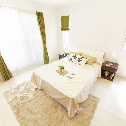 Sypialnia – jak ją zaaranżować, aby zagwarantować sobie dobry sen?