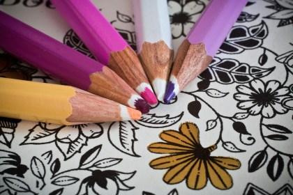Kolorowanki dla dorosłych – w czym tkwi ich fenomen?