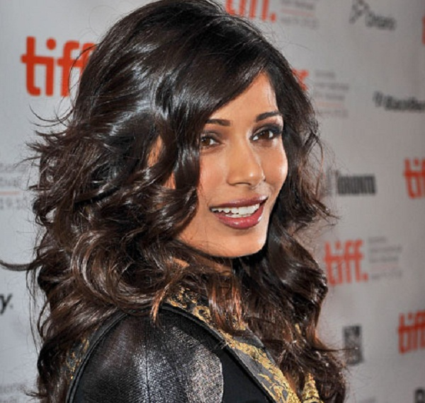 How to get Freida Pinto's softly deconstructed curls