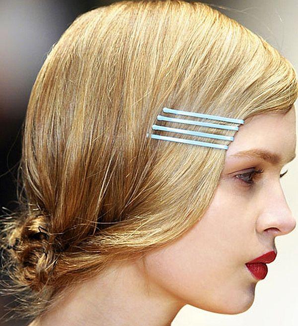 bobby pins on hair